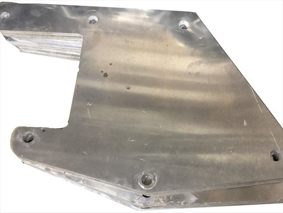 """Picture of Aluminum """"L"""" Toolbox Brackets For Flatbed - Pair"""